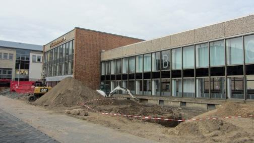 Treppe vorm HKB in Neubrandenburg abgerissen