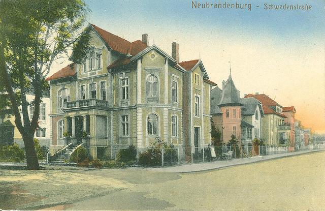 Alte Ansichtskarte Schwedenstrasse in Neubrandenburg