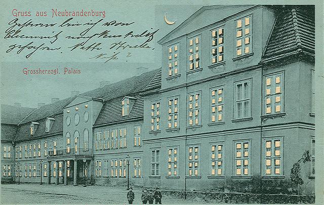 Alte Ansichtskarte Grossherzogliches Palais in Neubrandenburg