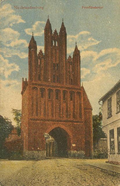 Alte Ansichtskarte Friedländer Tor in Neubrandenburg