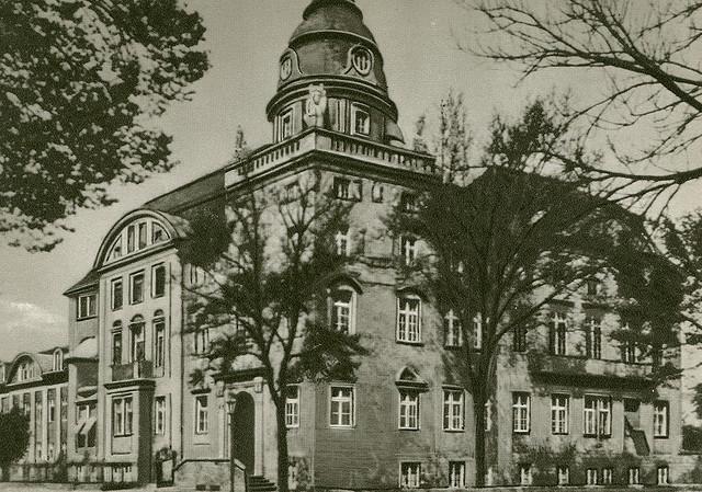 Alte Ansichtskarte Direktionsgebäude in Neubrandenburg