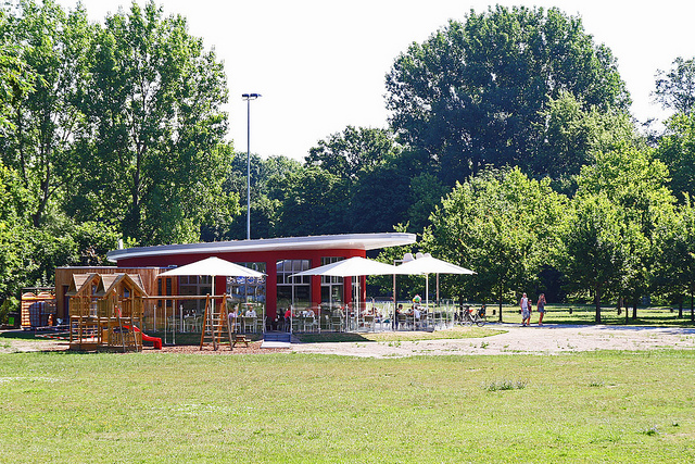 Eiscafe im Kulturpark in Neubrandenburg