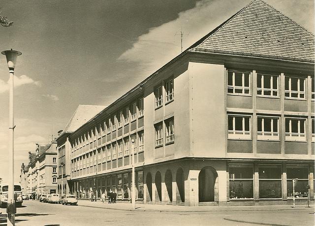 Alte Ansichtskarte Thälmannstrasse in Neubrandenburg
