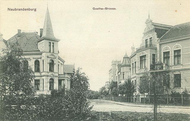 Alte Ansichtskarte Goethe-Strasse in Neubrandenburg