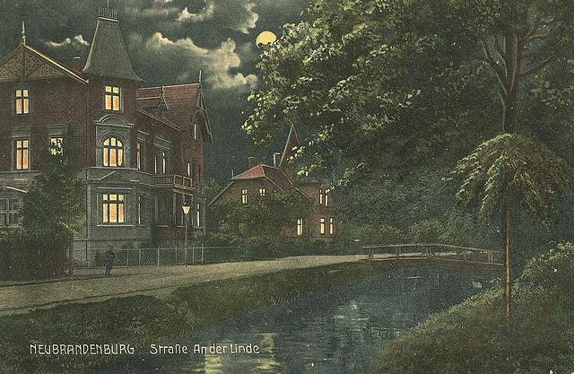 Alte Ansichtskarte An der Linde in Neubrandenburg