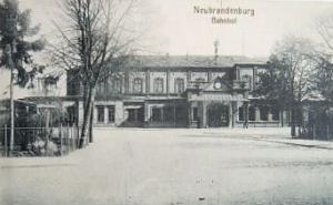 Alte Ansichtskarte Bahnhof Neubrandenburg 1902