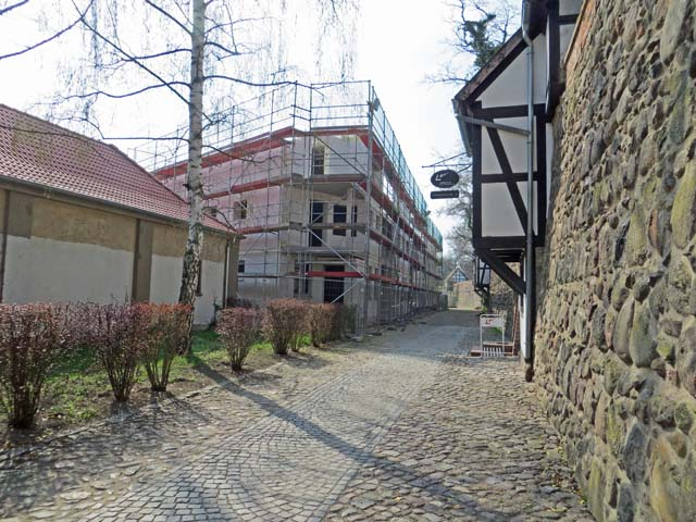 Baustelle Wohnhaus an der Stadtmauer in Neubrandenburg