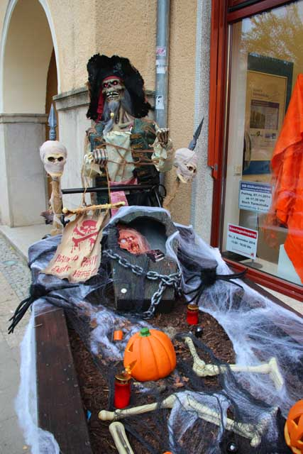 Halloween-Shopping in Neubrandenburg