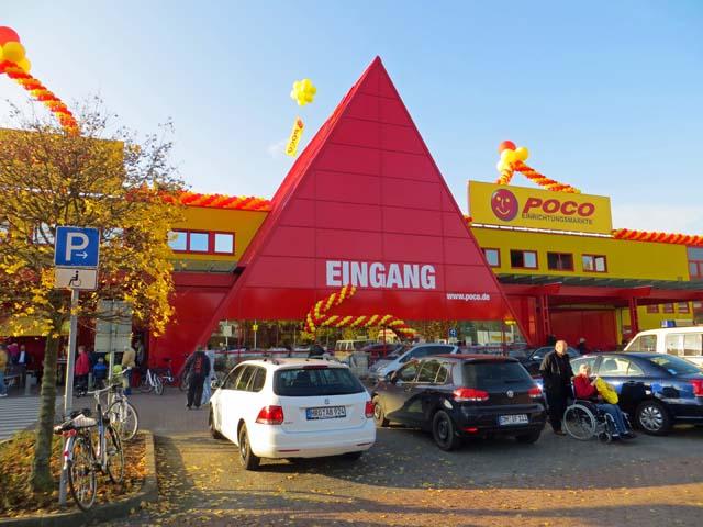 Poco Neueröffnung im ehemaligen Bahr Baumarkt in Neubrandenburg